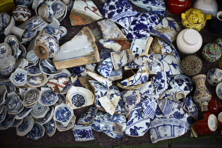 shiver: Color picture of many broken vases in a market. Stock Photo
