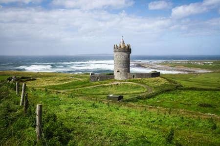 doolin: Doonagore Castle in County Clare on the Wild Atlantic Way route, in Ireland.