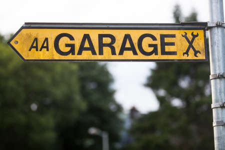 indicator: Color image of a garage indicator sign.