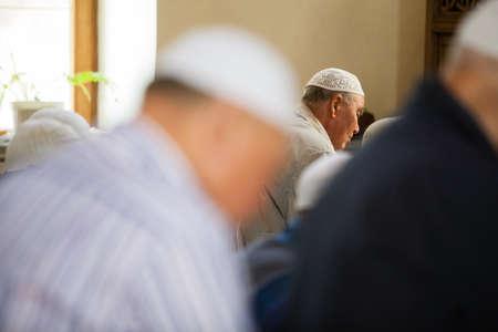 fidelidad: Mangalia, Romania - May 27, 2016: Muslims hold their Friday prayer at the mosque in Mangalia, Romania.