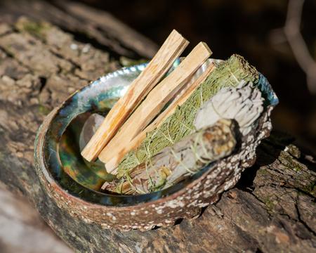 Smudge kit - Palo Santo sticks, Wildcrafted dried white sage (Salvia apiana), Mugwort (Artemisia vulgaris), and Siskiyou Cedar (Chamaecyparis lawsoniana) wrapped in organic hemp twine, Abalone shell.