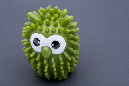 Owl Laundry Dryer Ball. A Natural and Better Alternative to Fabric Softener. Reduce Drying Time and Save on Energy. 版權商用圖片
