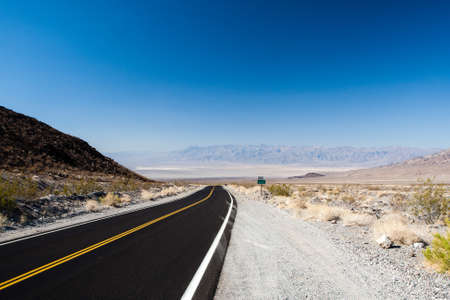 endless: Endless highway in Death Valley National Park, USA