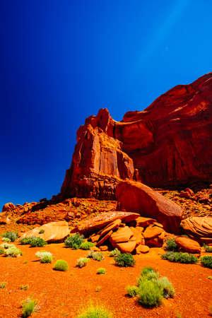 Indn Rte 42 in Monument Valley, Navajo Tribal Park, Arizona, USA