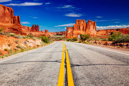 Arches National Park is a US National Park in eastern Utah, known for containing over 2,000 natural sandstone arches.