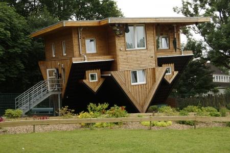 cabeza abajo: La Casa de locos Gettorf