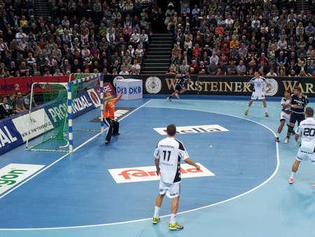 sg: The Nord-Derby in Handball between THW KIel and SG Flensburg-Handewitt am 07.11.2012