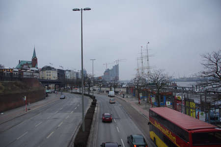 st pauli: The St. Pauli Landing Stages with Skyline Hamburg City