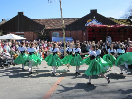 Dancing around the maypole Stock Photo - 20132926