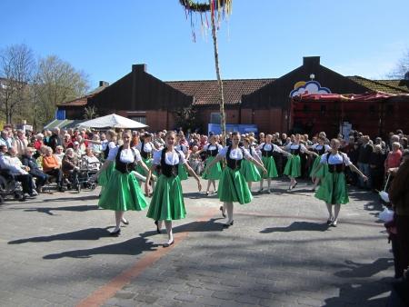 Dancing around the maypole Stock Photo - 20132917