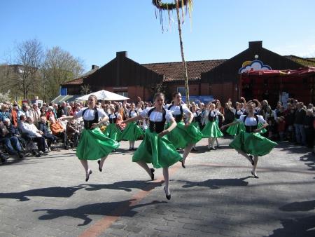 Dancing around the maypole Stock Photo - 20132893