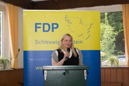 parlamentario: Katharina Weinert, candidato al Parlamento, da un discurso Editorial