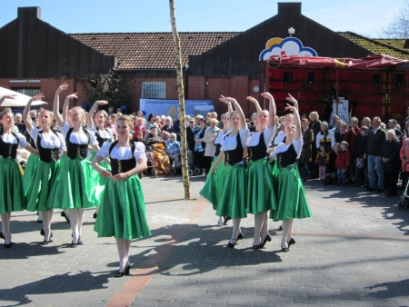 Dancing around the maypole Stock Photo - 24048101