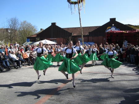 Dancing around the maypole Stock Photo - 24048103