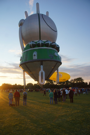 kiel: Kiel, Germany  24nd June, 2014  8th International Warsteiner Balloon Sail