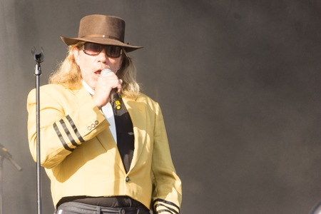 lookalike: Kiel, Germany. 5th June, 2015. The band Die Panikexperten - Tribute to Udo Lindenberg is performing at the christening of the TUI Ship Mein Schiff 4