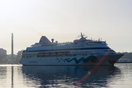 kiel: Kiel, Germany. 11th July, 2015. The cruise ships AIDAcara and Queen Elisabeth are visiting Kiel