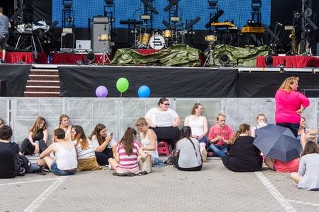 woche: Kiel, Germany - June 23rd 2016:  Fans waiting for Mark Forster during the Kieler Woche 2016