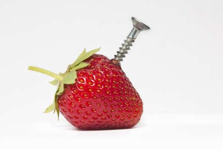 analog�a: Analog�a de la ingenier�a gen�tica con una fresa y un tornillo de acero Foto de archivo