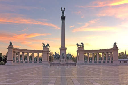 budapest: A deserted Heroes square or Hosok ter on Budapest Hungary just as the sun rises