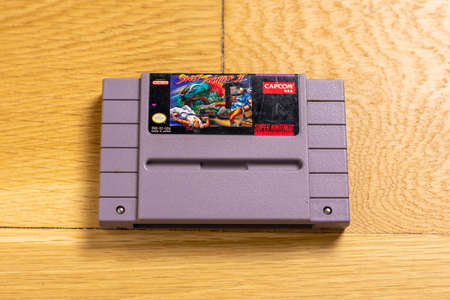 October 25, 2020 - Elkins Park, PA: A Cartridge for Street Figher 2 for the Super Nintendo Entertainment System, a popular retro title. 新聞圖片