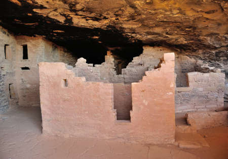 the dwelling: Interior of cliff dwelling in Mesa Verde National Park, Colorado, USA