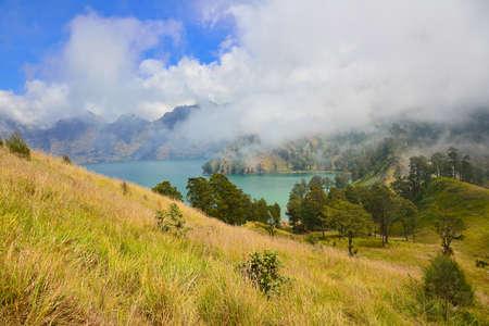 the height of a rim: Mountain lake, Mount Rinjani