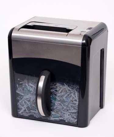 흰 배경에 고립 된 종이 분쇄기 스톡 콘텐츠