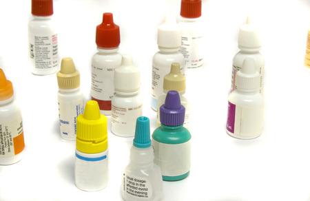さまざまな種類の診療所で使用される点眼薬
