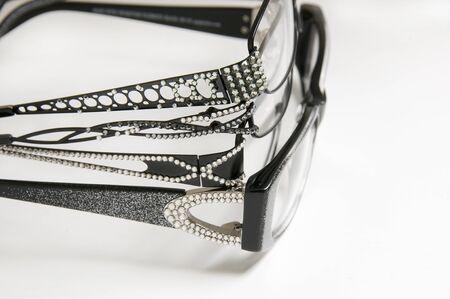 eye wear: Selecci�n de cuadros brillan para las compras del desgaste del ojo en optometrista u oculista todo 4