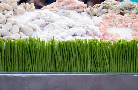 carnes y verduras: carne cruda