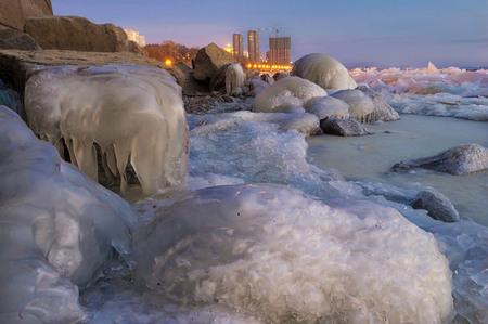 lejano oriente: Glacial period on the Amur embankment. Khabarovsk, far East, Russia