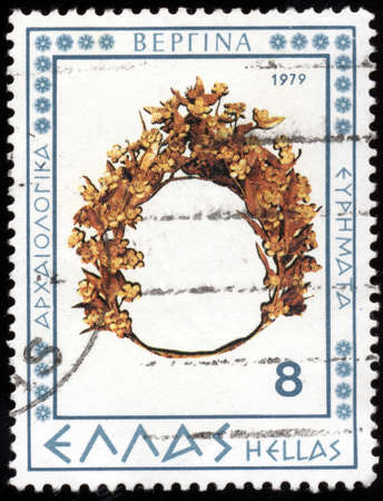 findings: GREECE - CIRCA 1979: A stamp printed in Greece from the Vergina archaeological findings issue shows a gold coronary, circa 1979.