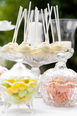 candy bar: Candy bar en la recepci�n de la boda