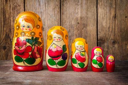 matryoshkas: Russian nesting dolls ( babushkas or matryoshkas )
