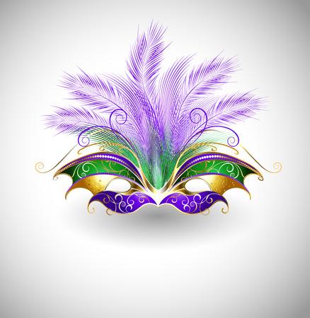 helder masker met paarse en groene veren, versierd met goud patroon op een lichte achtergrond Stock Illustratie