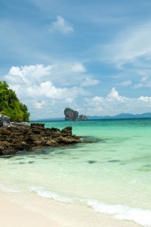 Perfecte hemel en Tropical afgelegen eiland in de oceaan
