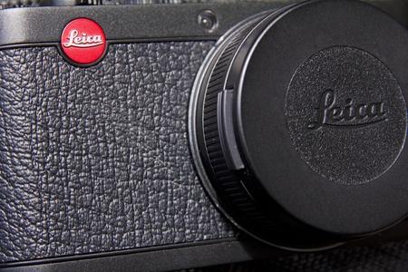 rangefinder: Leica Camera