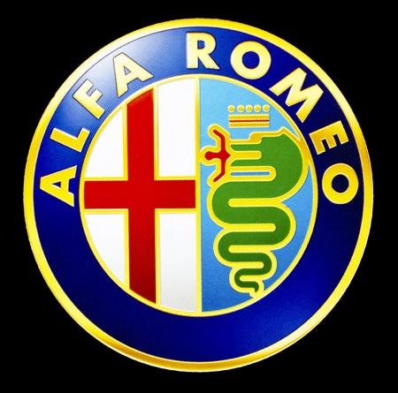 Alfa Romeo 純正自動車社 報道画像