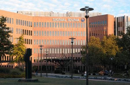 quartier g�n�ral: Dortmund, Allemagne - 3 Septembre, 2013 Dortmund si�ge de SIGNAL IDUNA, une soci�t� allemande de services financiers, principaux produits d'assurance des entreprises �ditoriale