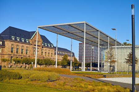 レバークーゼン, ドイツ - 2015 年 10 月 1 日 - バイエル社のレバークーゼン本社