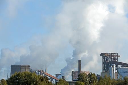 smolder: Salzgitter, Germany - September 26, 2015: Factory of German steel producer Salzgitter AG and of Messer Group Editorial