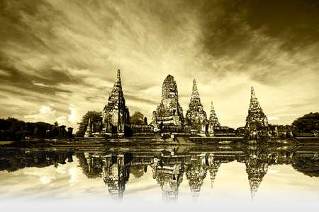 ruin temple in thailand Stock Photo - 7910601