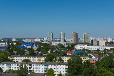 夏ミンスクの街並み。ベラルーシの緑豊かな街