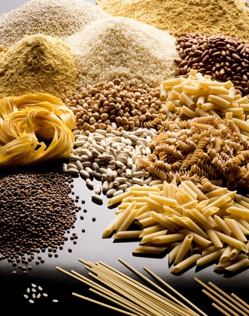 alimentation: pasta rice cereals and legumes