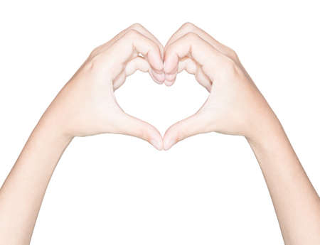 close-up hand hart liefde symbool geïsoleerde witte uitknippad binnen