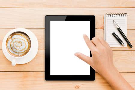 Close-up hand met behulp van tablet witte scherm weergave