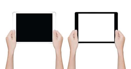 Mano que sostiene la primer tablet aislado trazado de recorte blanco dentro Foto de archivo