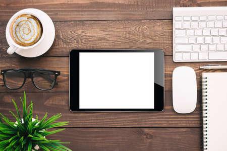 blank tablet: digital tablet blank screen on work desk, mockup black tablet