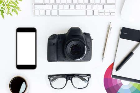 fotograaf wit bureau op bovenaanzicht Stockfoto
